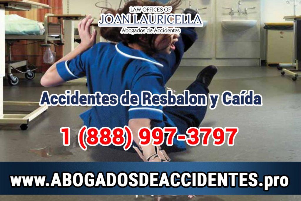 Consulta Gratuita en Español con Abogados Especializados en Resbalones, Tropiezos, Caídas y Golpes en Los Angeles California