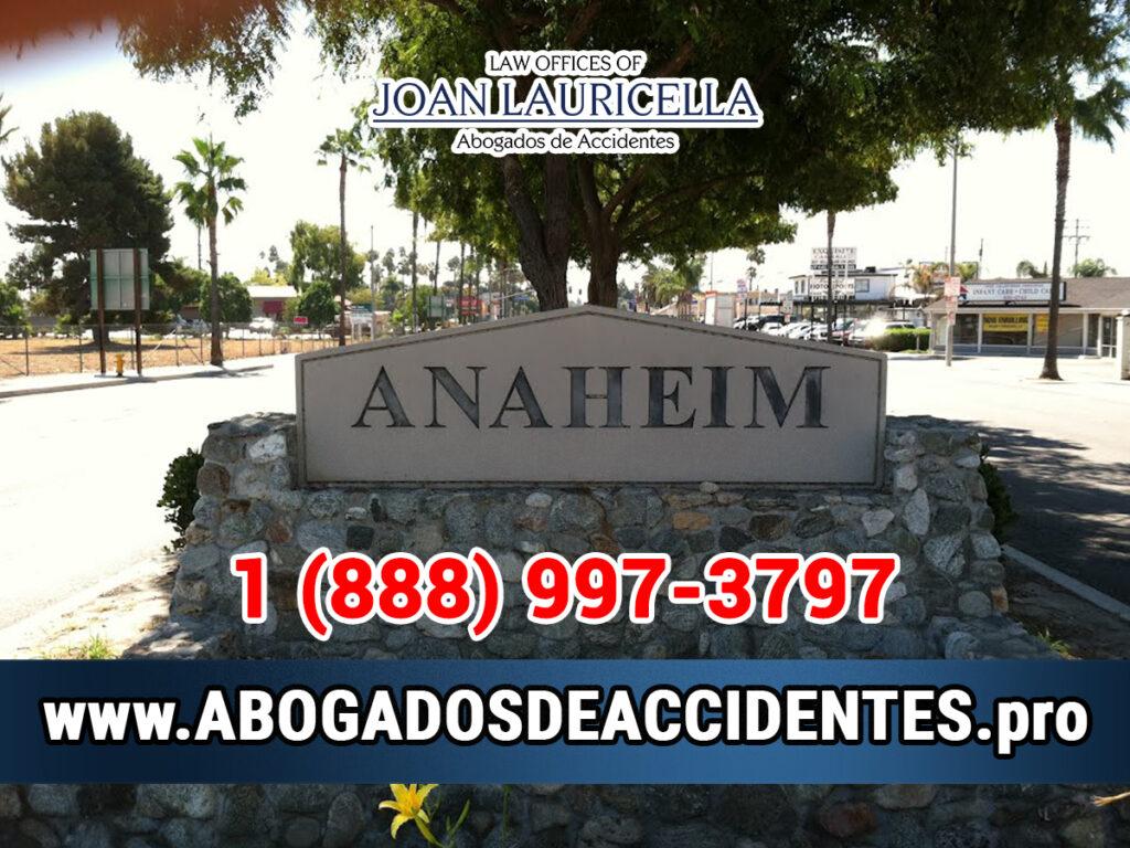 Abogados de Accidentes de Auto y Trabajo en Anaheim CA